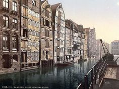 Here we present an historic image of Hollandischer Brook, Hamburg, Germany. This color photochrome print was taken between 1890 and 1900 in Hamburg, Germany.    The image shows Hollandischer Brook, Hamburg, Germany.  We have created this collection of images primarily to serve as an easy to access educational tool. Contact curator@old-picture.com.  Image ID# 680F82A1