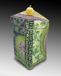 Slab Boxes, Burial Urns, Ceramic Boxes, Sgraffito, Box With Lid, Hunter Green, Decorative Boxes, Porcelain, Carving