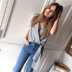 Vous l'attendiez, eh bien le Voilà ! C'est le look du jour présenté par @jodieiemfre   • Top Elia #margauxlonnberg • Jeans #vanessabruno ▶️▶️Sur Shopnextdoor.fr :)  (➕sur Insta story et Snapchat )  #outfitoftheday #ootd #shopnextdooroutfit #cachecoeur #jeans #lookdujour #tenuedujour #shopnextdoor #onlineshopping