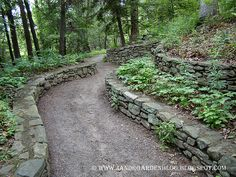 Who doesn't love a woodland paths with stone?.....