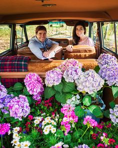 Wagoneer filled with flowers