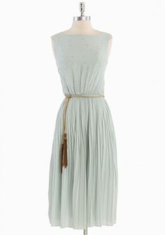 I really love the pleats and tassel belt of this.  It gives it a slight Grecian feel, and I'm always looking for goddess dresses....who isn't?