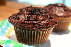 Crazy Cupcake Blog: Creamy Chocolate Cupcakes
