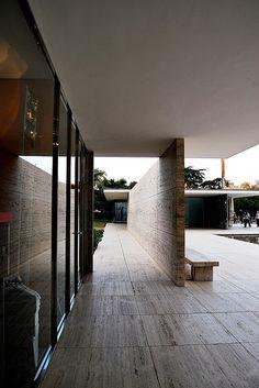 Pabellón Alemán de Barcelona 25 12719 - Mies van der Rohe, Architect