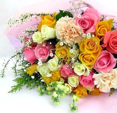 Buquê de rosas variadas e coloridas #flores rosas buques