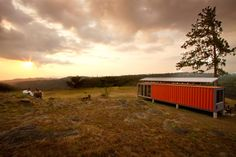 Benjamin Garcia Saxe completed the Containers of Hope project in 2011 with a budget of $40,000.  Located in San Jose, Costa Rica, this conta...