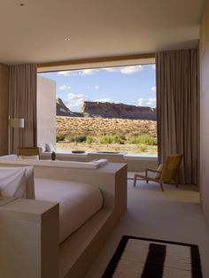 We check into Aman desert resort, Amangiri, in Utah, North America, where modern architecture and design meld with the rugged terrain of the Utah landscape. Interior Exterior, Home Interior Design, Interior Architecture, Dream Home Design, My Dream Home, Dream Apartment, House Goals, Dream Rooms, Luxury Houses