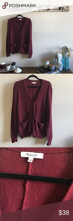 MADEWELL Slouchy Cardigan Worn twice, in excellent condition. I would say it is a medium weight and super soft and cozy. Madewell Sweaters Cardigans