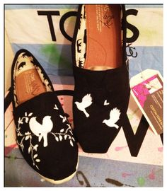 Custom Toms shoes /birds by CustomTOMSbyJC on Etsy, $100.00