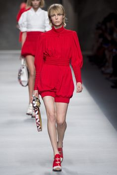 A vision in red at Fendi's runway show