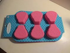 Amazon.com: Silicone Pans Shaped Like Ice Cream Cones. 1 Tray with 6 Molds. Pink.: Kitchen & Dining