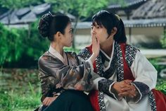 Here are some possible events that may (or may not) happen in the next few episodes of our favorite Korean Drama, Moon Lovers: Scarlet Heart Ryeo. Korean Drama Movies, Korean Actors, Korean Dramas, Moon Lovers Scarlet Heart Ryeo, Moon Lovers Drama, Scarlet Heart Ryeo Wallpaper, Lee Joong Ki, Moorim School, Wang So