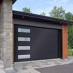 For a garage door with a contemporary or modern style, Garaga provides various designs, colours and window for a perfect look. Contemporary Garage Doors, Modern Garage Doors, Modern Exterior Doors, Garage Exterior, Modern Door, Exterior Design, Modern Entrance Door, Exterior Paint, Black Garage Doors