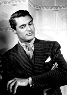 Cary Grant early 1940s Amazing!                              …
