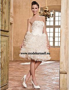 Brautkleid Hannover Kurz mit Rüschen  www.modekarusell.eu