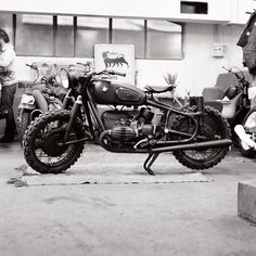 Blitz Motorcycles: Cooler Kings