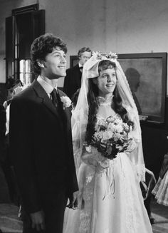 PRAIRIE 'May I Have This Dance' Episodie 21 Aired Pictured Jonathan Gilbert as Willie Oleson Sherri Stoner as Rachel Brown Oleson Laura Ingalls Wilder, Jonathan Gilbert, Melissa Gilbert, Rachel Brown, Ingalls Family, Michael Landon, Wedding Movies, Old Shows, Getting Married
