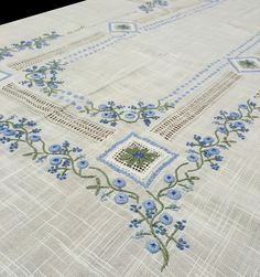 Linen Bedding, Bed Linens, Baby Embroidery, Bed Sheets, Table Runners, Needlework, Elsa, Cushions, Quilts