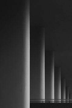 Architecture photography: stripes | interior design. Innenarchitektur . design d'intérieur | Photo: Jakub Malicki |