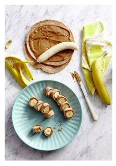 The snack is a topic that is talking about nutrition. Is it really necessary to have a snack? A snack is not a bad choice, but you have to know how to choose it properly. The snack must provide both… Continue Reading → Baby Food Recipes, Snack Recipes, Cooking Recipes, Healthy Recipes, Snack Hacks, Healthy Desserts, Healthy Meals, Healthy Food, Good Food
