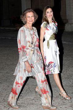 La Reina y doña Sofía se mostraron muy unidas durante la tradicional recepción en el Palacio de la Almudaina