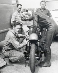 Jim Redman & Nobby Clark, Honda RC166