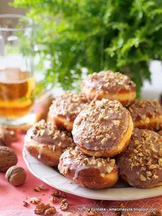 Domowe pączki piwne. Pączki na piwie | Smaczna Pyza Polish Recipes, Polish Food, Pretzel Bites, Muffin, Sweets, Bread, Cannoli, Baking, Breakfast
