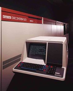 DEC System 20 (1976).