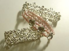 Bracelets from dividers and pearls