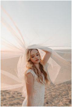 Imperial Sand Dunes Elopement // Brawley, CA // Mikayla + John — Bethany Wolf Photography Beach Portraits, Portrait Poses, Desert Photography, Portrait Photography, Beach Editorial, Boho Beach Wedding, Bridal Photoshoot, Photoshoot Inspiration, Board