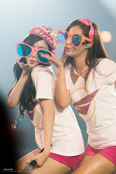 SNSD Tiffany and YuRi