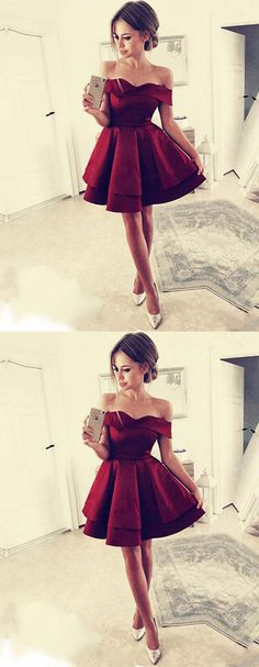 off-shoulder burgundy short homecoming dresses #homecoming #hoemcomingdress #promdress #promdresses