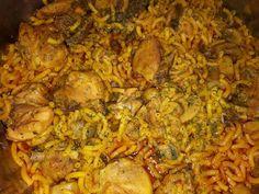 Fideuá de pollo Chicken, Ethnic Recipes, Food, Chicken Noodles, Pasta Recipes, Rice, Food Recipes, Norte, Meals