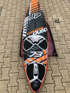 Surf Design, Surfboard, Skateboard, Surfing, Sports, Floor, Skateboarding, Hs Sports, Sport