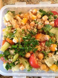 Wonder what to pack for lunch or a picnic? Try this salad: chickpeas, quinoa, orange and yellow bell pepper, celery, cucumber, tomatoes, fennel, fresh parsley, fresh coriander, freshly squeezed lemon juice, olive oil and salt.