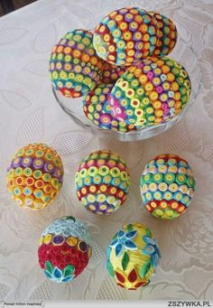 1 million+ Stunning Free Images to Use Anywhere Arte Quilling, Quilling Work, Paper Quilling Patterns, Quilled Paper Art, Quilling Paper Craft, Sequin Ornaments, Quilted Ornaments, Easter Egg Designs, Egg Art