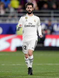 Equipe Real Madrid, Isco Alarcon, Neymar, Football Players, Mens Tops, Game, Real Madrid Football, Sports, Cook