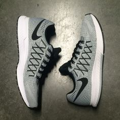 new concept b9b7c 92bd0 NIKE AIR ZOOM PEGASUS 32 (PURE PLATINUM   BLACK - DARK GREY)