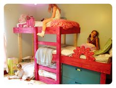 The Handmade Dress: Triple Bunk Bed Plans Triple Bunk Beds Plans, Bunk Bed Plans, Extra Bedroom, Girls Bedroom, Bedrooms, Bedroom Ideas, Bedroom Decor, Toddler Bunk Beds, Loft Beds