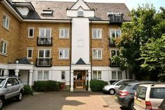 TO LET! 1 Bed Flat in Gated Community, Walking Distance to #Blackheath http://www.vincentchandler.co.uk/pfl