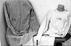 https://flic.kr/p/yv3UfL | Psychiatrie Patienten Fixierung Zwangsjacke,Psychiatry Restraint Straitjacket | Zwangsjacke einer Psychiatrie , Die Zwangsjacke wurde bis in das Jahr 1996 von den Krankenhaus verwendet . Psychiatriemuseum