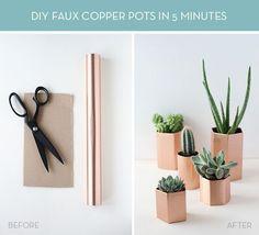 Make It: DIY Metallic Geometric Planters in 5 Minutes Curbly Copper Planters, Diy Planters, Planter Boxes, Copper Pots, Diy Design, Pebble Bath Mat, Diy Cadeau Noel, Diys, Color Cobre