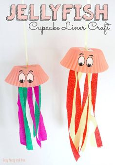 Jellyfish Cupcake Liner Crafts – Easy Peasy and Fun Jellyfish Cupcake Liner Crafts – Easy Peasy and Fun DIY & Crafts – Crafts For Kids Cupcake Liner Crafts, Cupcake Liners, Projects For Kids, Diy For Kids, Craft Projects, Craft Ideas, Arts And Crafts For Kids Easy, Easy Toddler Crafts, Beach Crafts For Kids