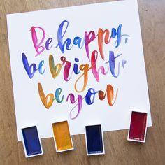 Solo tienes que ser tu y dejarte llevar por los colores brillantes y radiantes de nuestras acuarelas! ¿Te animas a ser feliz creando?