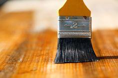 【DIY】ニス塗装で仕上げよう。プチリペアもニスが活躍 | iemo[イエモ]