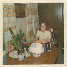 Vintage Vibes, Vintage Love, Vintage Colors, Retro Vintage, Vintage Family Photos, Vintage Photographs, Vintage Images, Old Pictures, Old Photos