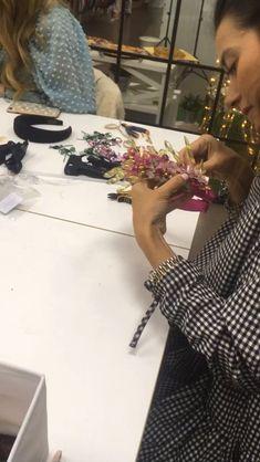 Wedding Headband, Diy Headband, Turban Headband Tutorial, Handmade Headbands, Making Hair Bows, Diy Hair Bows, Jeweled Headband, Handmade Beaded Jewelry, Hair Beads