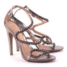 Scarpin Salto Fino by Luiza Barcelos - #shoes #luizabarcelos #crystal