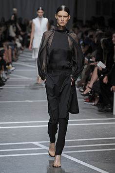 Givenchy RTW Spring 2013 - Runway, Fashion Week, Reviews and Slideshows - WWD.com