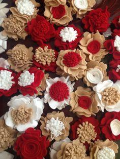 Christmas DIY Felt flowers by http://landelionmexico.blogspot.mx/#